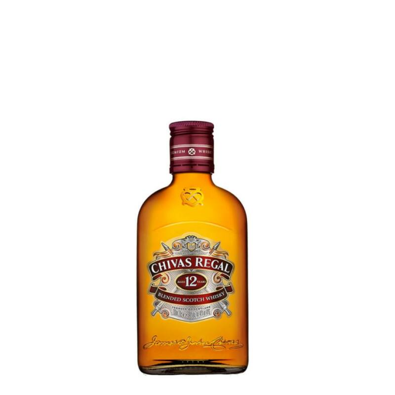 Chivas regal 12 éves skót whisky