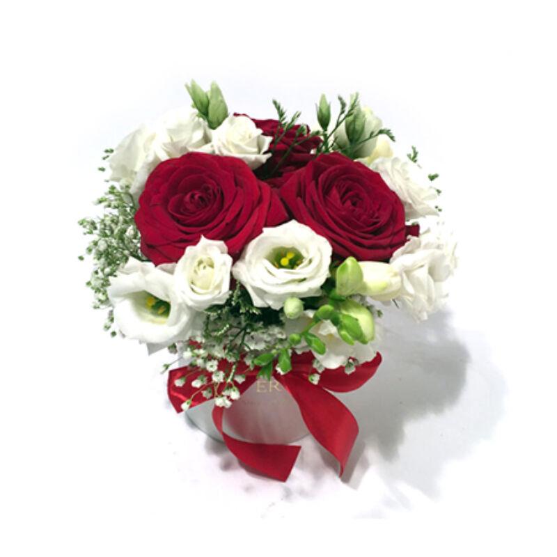 Szívküldi virágdoboz